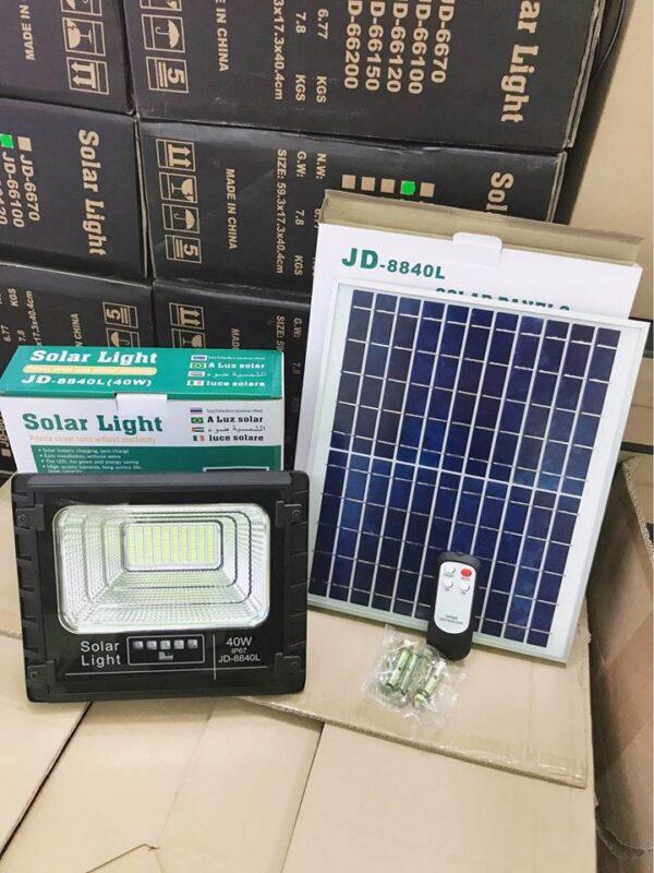 Đèn LED năng lượng mặt trời JinDian 40w JD-8840L